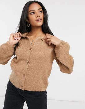 商品ASOS DESIGN fluffy collared jumper with placket detail in camel图片