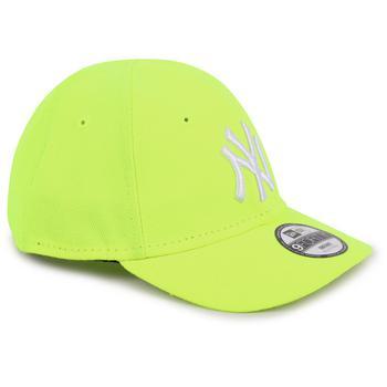 商品Logo cap with elastic band in fluo yellow图片